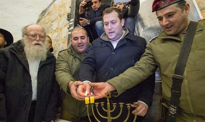 Фото: http://www.ynet.co.il/articles/0,7340,L-4898604,00.html