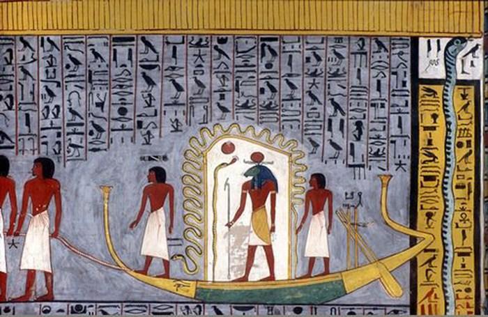 Бог Ра путешествует по подземному миру (рисунок из гробницы Рамзеса I). Источник: Википедия