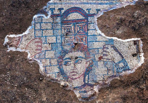 Мозаика синагоги Хукока.  Самсон, несущий на плечах врата Газы.